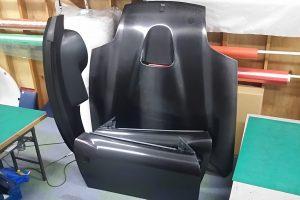 フェラーリ用ドライカーボンパーツ